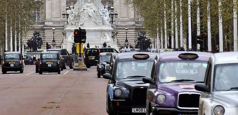 Londonban minden Euro 6 alatti busz és teherautó szigorú környezetvédelmi díjat fizet a behajtásért